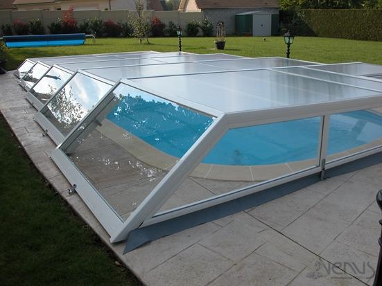 Abri plat pour piscine