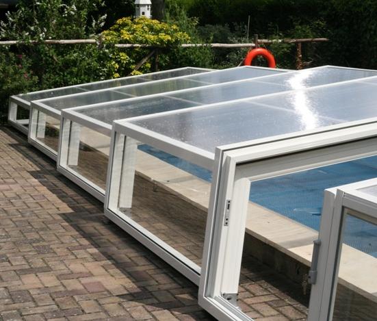 Abri piscine bas s'adapte au piscine hors sol