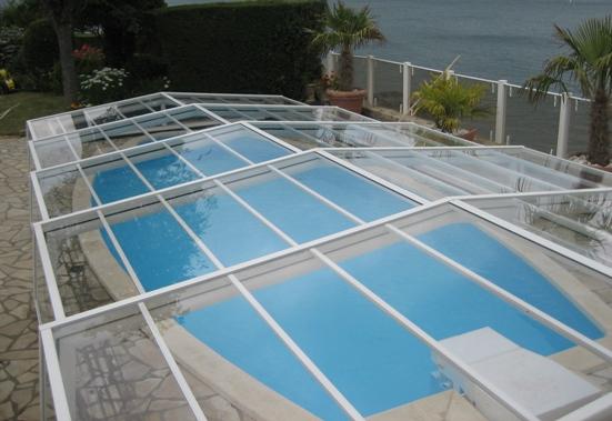 Abri piscine bas transparent VENUS