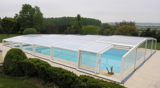 Abri piscine bas technique VENUS