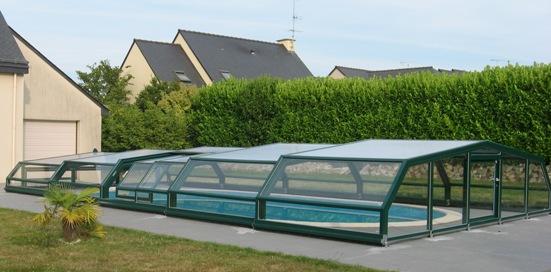 la couleur est importante pour l'abri piscine et son intégration